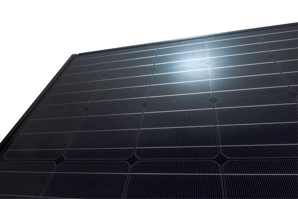 Panasonic HIT All-Black Kuro N320K solar panel (320 W / 19.1 %)
