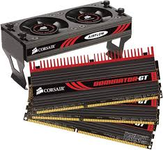 Corsair Dominator-GT DDR3 PC3-16000 (2000 MHz) 6 GB (3 X 2 GB) 8-8-8-24 TriKiT
